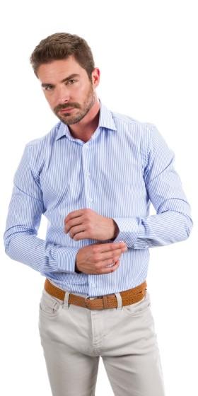 Camisa a medida a rayas azul claro y blanco
