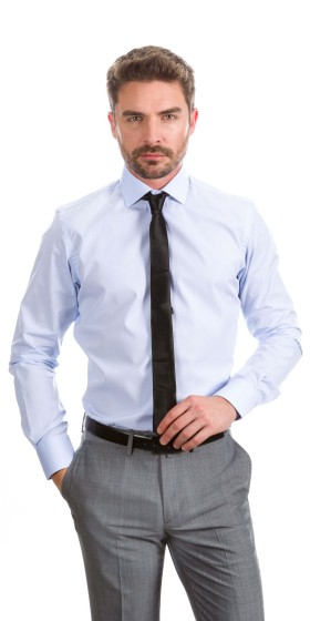 Camisa a medida azul claro