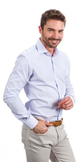 Camisa a medida cuadrados medianos azul claro