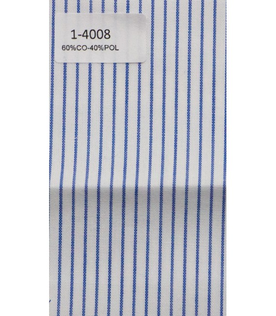 Camisa blanca de rayas azules