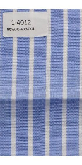 Camisa azul de rayas blancas